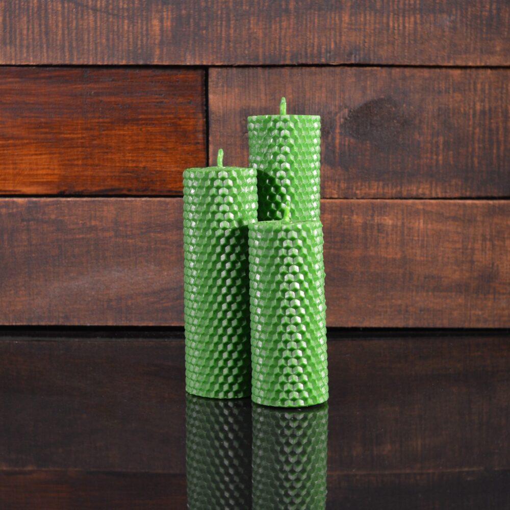 Зеленые свечи из пчелиного воска (комплект из 3-х свечей)