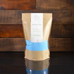 Ярко-синие насыпные свечи в фирменной упаковке 800 грамм